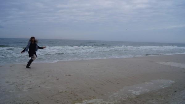 leanne running at beach resized